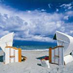 Strandkorgar vid Östersjökusten i Mecklenburg-Vorpommern